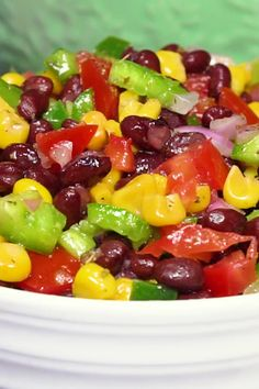Black Bean Salad Need Black Bean Recipes? This black bean salad with corn and bell peppersNeed Black Bean Recipes? This black bean salad with corn and bell peppers Bean Salad Recipes, Cucumber Recipes, Corn Recipes, Bell Pepper Salad, Yellow Squash Recipes, Green Pepper Recipes, Three Bean Salad, Black Bean Recipes, Healthy Recipes