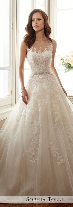 Wedding dresses outfit for brides and bridesmaid.The list includes vintage, lace, princess, mermaid, boho,backless, plus size, ball gown, a line, Disney dresses, strapless, bohemian, flowy, with straps.