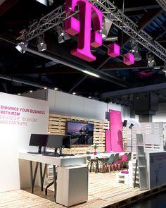 Deutsche Telekom stand by hartmannvonsiebenthal, Nuremburg   Germany pallet installation exhibition
