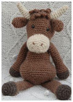 Hamish the Highland cow crochet toy. Crochet Cow, Crochet Animals, Free Crochet, Scottish Cow, Scottish Animals, Knitted Dolls, Crochet Dolls, Crocheted Toys, How To Start Knitting