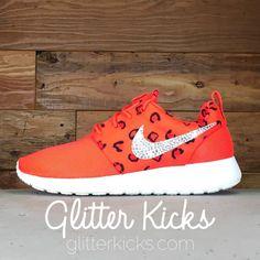 nike sportswear roshe one - sneaker - gym red\/deep burgundy bridesmaid