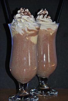 Eisschokolade mit Baileys, ein sehr leckeres Rezept aus der Kategorie Party. Bewertungen: 2. Durchschnitt: Ø 2,8.