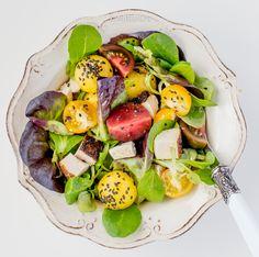 Yellow watermelon, roasted chicken salad Roasted Chicken, Chicken Salad, Kiss The Cook, Cobb Salad, Potato Salad, Watermelon, Vegetarian Recipes, Salads, Potatoes