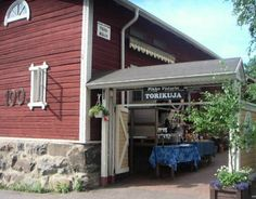 Pikku-Pietarin Torikuja Kuopiossa, Market alley called Pikku-Pietarin Torikuja in Kuopio, Finland.