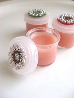 There is so much that I love about this little project of Homemade Natural Lip Balm! ~It is easy ~It is natural ~Can be made with no artificial ingredients, colors, preservatives ~It really works! ~It feels great on the lips ~It can be made all organic if you so desire ~It made my girls think I was mom of the year! The recipe is very simple: Homemade Natural Lip Balm click on ingredients to purchase from Amazon –*affiliate links 3 tablespoons Coconut Oil 3 tablespoon Shea Butter 3 table...