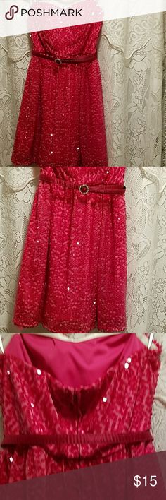 Deb Beautiful Party dress, with some bling! check out pics,REMEMBER VALENTINE'S DAY!!❤💘 deb Dresses Mini