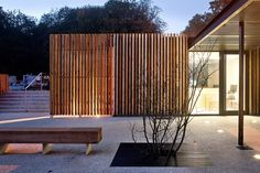 Cementerio Velizy  / Philippe Harden + Olivier Rozé Architects