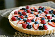 Five Star White Chocolate Fruit Tart - http://www.food.com/recipe/five-star-white-chocolate-fruit-tart-53996