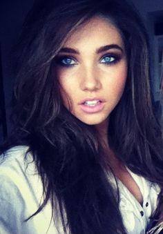 French brunette eyes blue porno