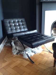 Barcelona Chair & Footstool