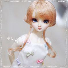 Finally received my Volks news special wig! Looks cute on Luna-chan huh? ψ(`∇´)ψ | by Hagigii