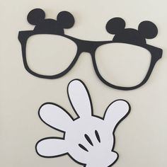 Minnie Mouse photo props Minnie Mouse photo от ThePaperPropShop
