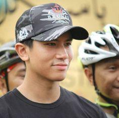 Abdul Mateen, My Prince Charming, Drama Korea, Celebs, Celebrities, Brunei, Shawn Mendes, Handsome, Mood