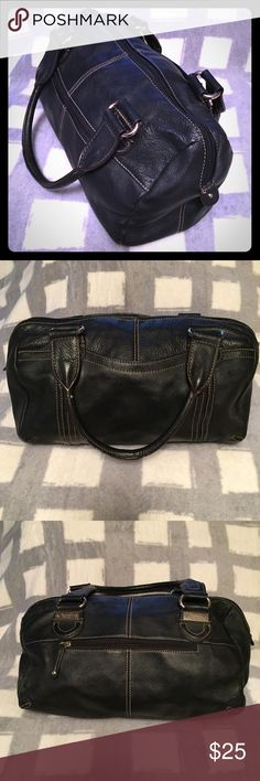 Tignanello handbag Black pebbled Tignanello handbag. Has outer pocket. One zipper inside and 2 small pockets inside. Good condition. Tignanello Bags Satchels