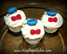 Donald Duck Cupcakes  www.NicolinasCakes.com