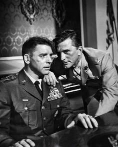"""Burt Lancaster y Kirk Douglas en """"7 días de mayo"""", 1964"""