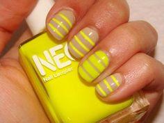 12  diseños de uñas con puntitos