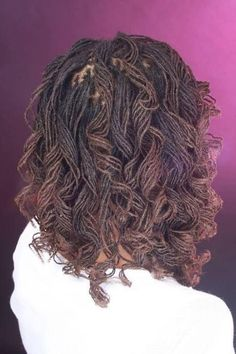 Protective style :African American Braids: Spiral Curled This is something I want to do. The thinist locks possible with curls Braided Hairstyles Tutorials, African Braids Hairstyles, Braid Hairstyles, Sisterlocks, Natural Hair Twist Out, Natural Hair Styles, African American Braids, Romantic Hairstyles, Up Dos
