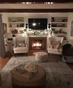 54 Cozy Fireplace Decor for Cottage Living Room Interior Design Cozy Fireplace, Living Room With Fireplace, Fireplace Design, Fireplace Ideas, Mantel Ideas, Farmhouse Fireplace, Living Room Without Tv, Fireplace Furniture Arrangement, Tv Over Fireplace