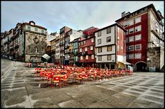 Praca da Ribeira, Portugal (photo by Chris Chafer) Portugal, Places To See, Globe, To Go, Street View, Europe, Fun, Travel, Port Wine