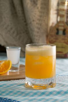 The Thermomix recipe for Ouzini is a popular drink served in nightclubs and bars around Greece. It is a refreshing cocktail mix of ouzo and orange juice. Paprika Recipe App, Paprika Recipes, Frozen Cocktails, Refreshing Cocktails, Popular Drinks, Cocktail Mix, Homemade Lemonade, Greek Recipes, Orange Juice