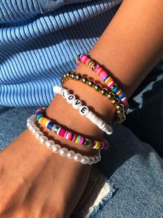 5 piezas pulsera con cuenta con perla artificial   SHEIN Trendy Jewelry, Summer Jewelry, Cute Jewelry, Fashion Jewelry, Craft Jewelry, Fashion Accessories, Bead Jewellery, Beaded Jewelry, Handmade Jewelry