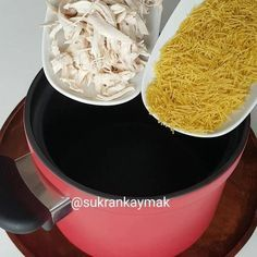 # - Food and Drink Kefir, Thai Noodle Soups, Soup Recipes, Dinner Recipes, Iftar, How To Eat Less, Saveur, Coconut Flakes, I Foods