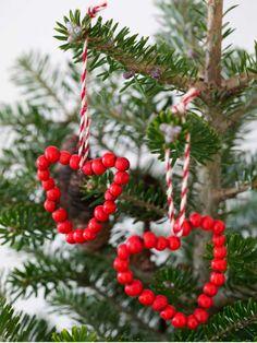 DIY: 3 fine minikranse til julebordet Christmas Time, Christmas Ornaments, Diy Weihnachten, Holiday Decor, Inspiration, Photography, Biblical Inspiration, Fotografie, Christmas Jewelry