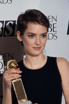 """Winona Ryder Nonie accepting her award for """"Sexiest Woman Alive."""" Or maybe """"Biggest Natural Breasts In Hollywood? Short Pixie, Short Hair Cuts, Short Hair Styles, Pixie Hairstyles, Pixie Haircut, Hair Inspo, Hair Inspiration, Cool Boys Haircuts, Winona Forever"""