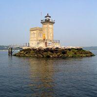Huntington's Harbor Lighthouse | www.hdlf.org