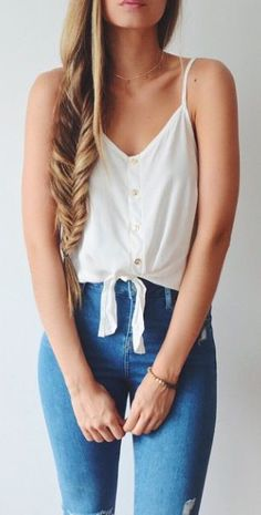 of the Most Stylish High Waisted Jeans Outfits Spring Summer Fashion, Spring Outfits, Style Summer, Casual Summer, Casual Outfits, Fashion Outfits, Womens Fashion, Net Fashion, Fashion Shoes