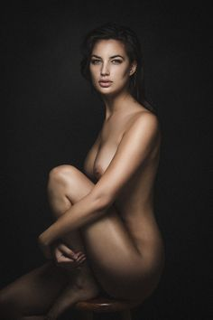 a classy nude, illustrating it's all about the attitude, and post processing to make a picture classy