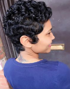 Black Women Short Hairstyles, Short Hair Cuts, Short Hair Styles, Pixie Cuts, Sassy Hair, Hair Laid, Hair Affair, Pixie Haircut, Pretty Hairstyles