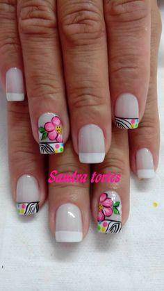 Flor Creative Nail Designs, Creative Nails, Simple Designs, Nail Art Designs, Best Salon, Prom Nails, Toe Nail Art, Cute Nails, Pedicure