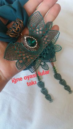 This post was discovered by Diy And Crafts, Arts And Crafts, Organza, Point Lace, Scarf Jewelry, Needle Lace, Embroidery Hoop Art, Lace Making, Piercings