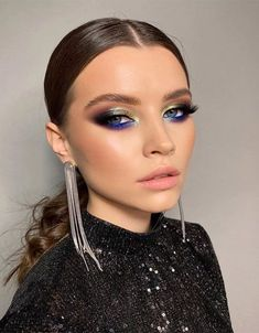 Stylish & Elegant Makeup Ideas for Teenage Girls Elegant Makeup, Glam Makeup Look, Glamorous Makeup, Makeup Style, Eye Makeup Art, Skin Makeup, Flawless Makeup, Makeup Inspiration, Makeup Ideas