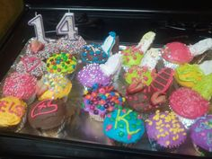 HIGH HEEL CUPCAKES i made for Kelsies bday a few months ago <3