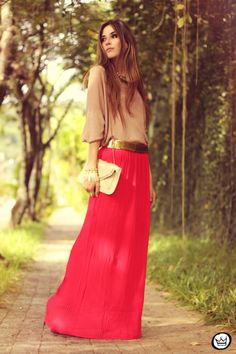 saia|skirt: Furor  blusa|top: ClubCouture  colar|necklace: Lança Perfume  bracelets: Kafé  bolsa|bag: Romwe  cinto|belt: vintage