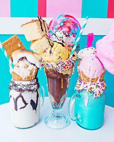ριитєяєѕт : ↠ @clearlyeмιlyιrelyn ☾ Cute Desserts, Delicious Desserts, Yummy Food, Candy Drinks, Yummy Drinks, Dylan's Candy, Crazy Shakes, Yummy Treats, Sweet Treats