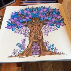 Johanna Basford   Picture by Alli Zagar   Colouring Gallery
