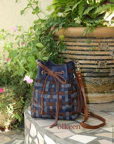Купить Wicker кожаная сумка-торба - тёмно-синий, в клеточку, плетеная сумка…