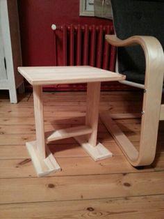 Tablette d'appoint pour fauteuil en pin
