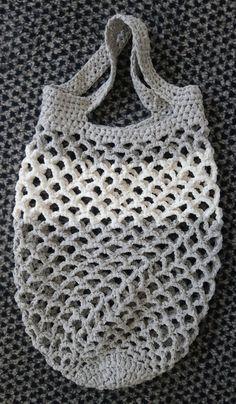 Crochet crafts 858709853937780134 - Explications pour le filet à provisions Source by Filet Crochet, Crochet Granny, Crochet Motif, Diy Crochet, Crochet Top, Crochet Crafts, Patron Crochet, Crochet Market Bag, Crochet Projects