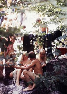 Photos of Life at Woodstock 1969 (45)