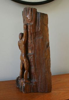Carved Wood Tree Trunk Log Figural ROCK CLIMBING CLIMBER Sculpture via Rumma.ge