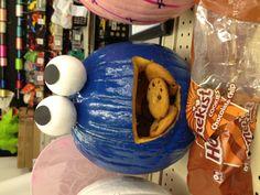 Cookie Monster Halloween Pumpkin Carving - with cookies!  #sesamestreet