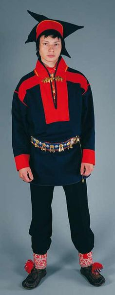 Hello all, Today I will do an overview of the costumes of the Saami people. Previously they were called Lapps, but this is not wh...