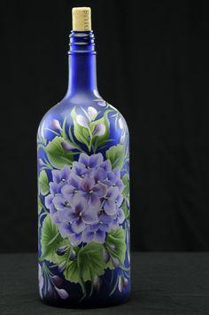 1.5 pintado a mano Ltr. botella de vino iluminada / Purple Hortensia en botella azul