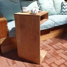 Coffee table laptop desk combo table | We could really use a couple of these in our apartment! Great as little stand up side tables easily turned into a low sitting-on-a-cushion dining area when we have guests over! Totally doing this!
