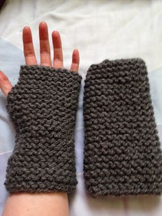 Chunky Grey Gloves, Knit Gloves, Texting Gloves, Fingerless Gloves, Women's Fingerless, Finger Free Gloves, Grey Hand Warmers, Winter Gloves